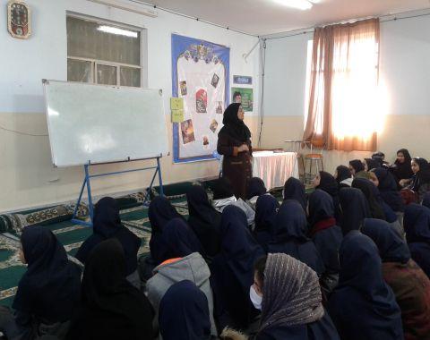 برگزاری جلسه توجیهی آمادگی دانش آموزان برای مسابقات علمی